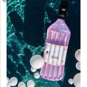 Rose Pool float